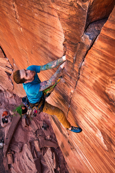 After warming up on Atman I was psyched to get this absolutely stunning line on-sight. This is one of my favorite sandstone pitches ever.<br> <br> Photo: Kevin Riley<br> https://actioninsolitude.com/