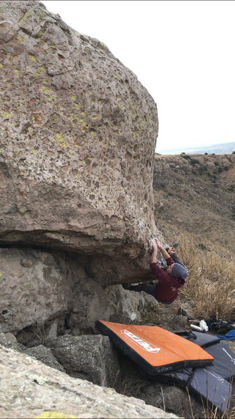 Zach Taylor on the crux of Jaguarundi V5