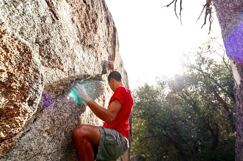 Winter bouldering on the Great Boulder.