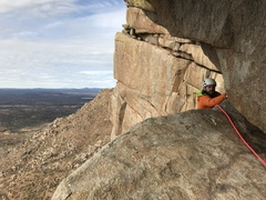 Rock Climbing Photo: Coming around the bend on the Great Roof pitch.  P...