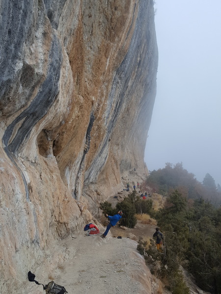 A foggy day in Oliana after sending my first 7b.