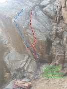 This photo shows the lines on the boulder.