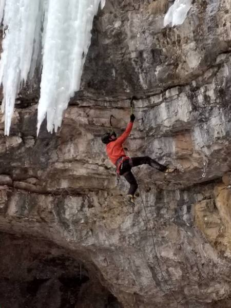 Mark gets his Pick of the  Liter, M9.<br> The Terminator Amphitheater at Community Caves. Spearfish Canyon.