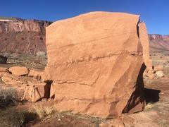 Rock Climbing Photo: The south face of Wreck Yourself Block.