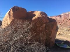 Rock Climbing Photo: Southeast side of the Interchange Boulder. If you ...