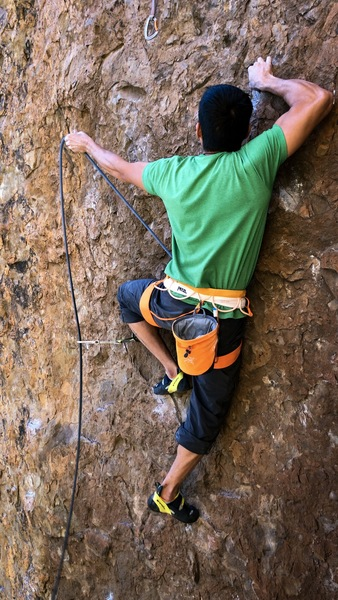 Cliff T clipping the second bolt.