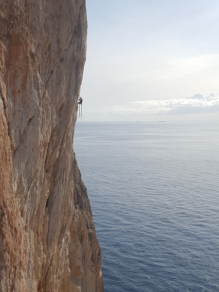 A picture perfect day enjoying some multi-pitch in Costa Blanca.