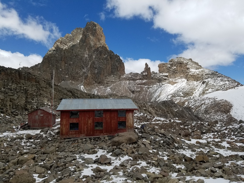 Austrian hut, the closest base camp for climbing this route at 4,790 meters or 15,700 ft. Damn that's high. No wonder i felt so fuzzy.