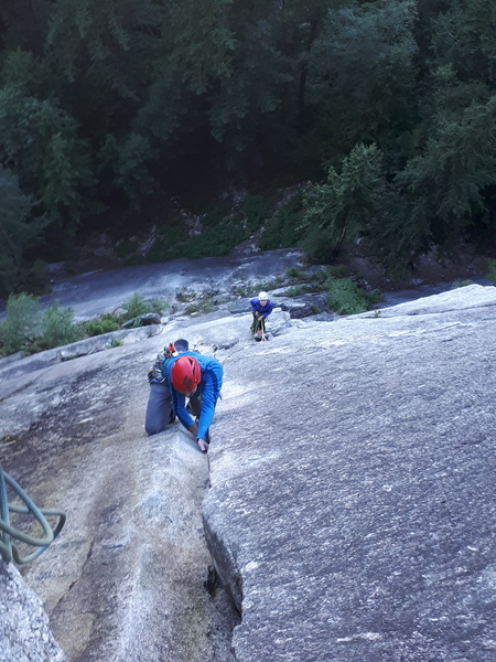 Mystery team sending the fourth pitch.