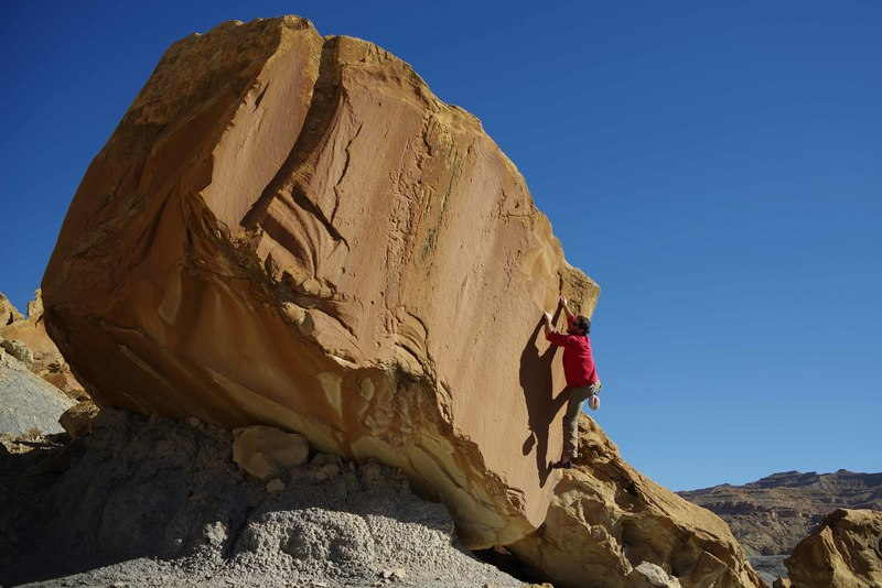 Fat Dad's Day Off - Moderate bouldering perfection!  Photo by Deming Keisling, age 4.