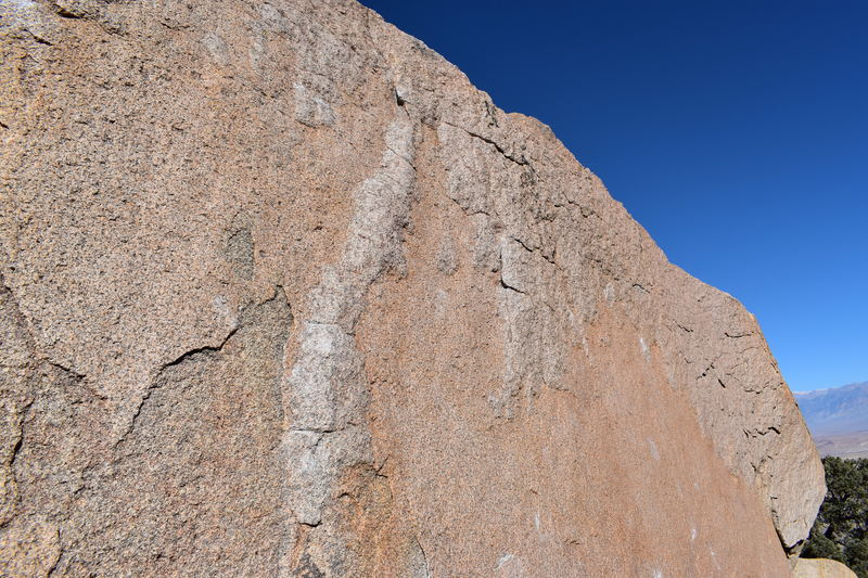 The beautiful and glassy dihedral-like feature on the slab.