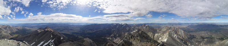 The summits of the Lost River Range; pano of the view to the southeast-southwest from the summit of Mt Borah. - July, 2016