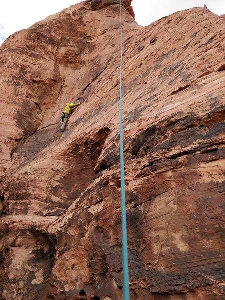 Set up top rope by continuing up past anchors of Gettin' Mavericky.