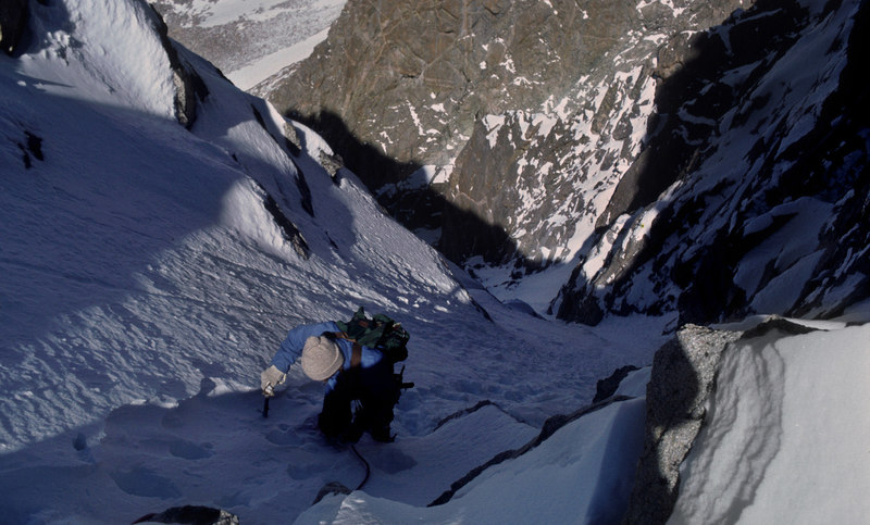 Tower 1 Couloir after several storms. The alternate way to do the complete Tower Ridge. Sept 1980