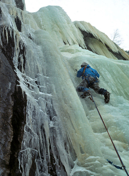 Alain Comeau leading the 3rd pitch of 'Fang' on the first ascent in 1978.