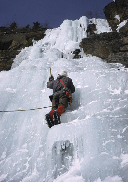 A.J. LaFluer leading the 1st pitch on the FA of 'Gully #1' in 1974.