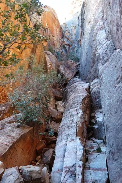 Approach: Narrow gully at base of Aeolian Wall.