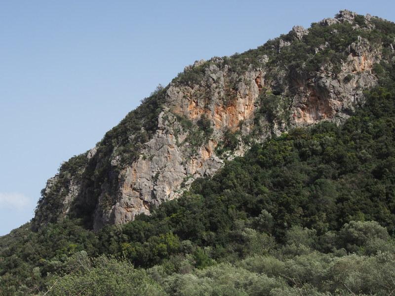 Kastraki cliff