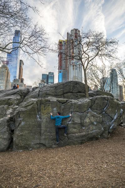 Brian Slepian traversing Rat Rock