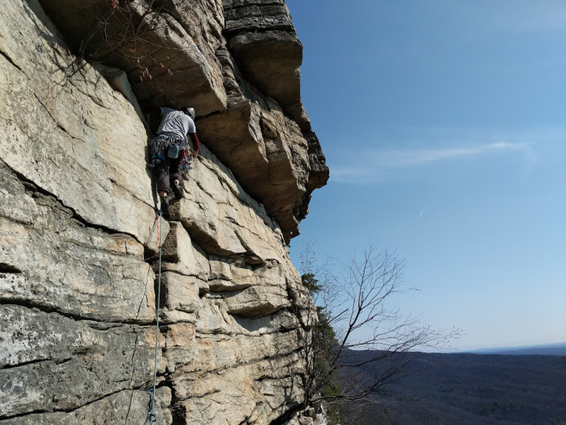 Gearing up for the roof crux on P3. There are abundant placement opportunities here.
