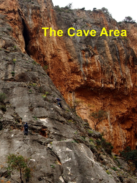 "Cave area  right of the ""Buttress"" (Canguro is about in the middle, Iho is off the photo to the right)"