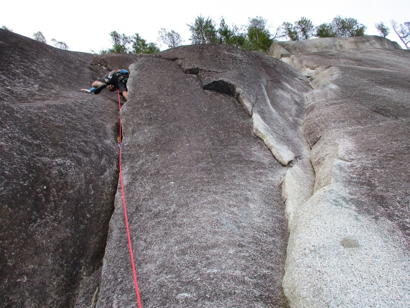 Fork at the top of Pitch 2 of Skywalker: EPB (10a) goes left to the top and Skywalker Pitch 3 goes right.