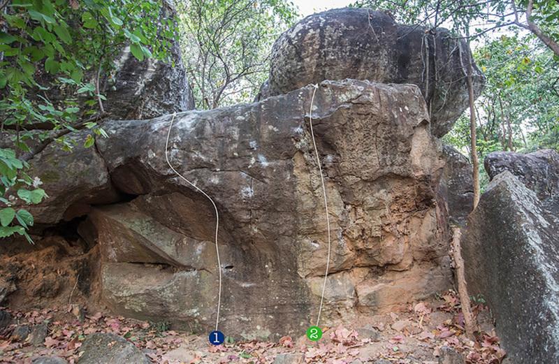 Unerface boulder