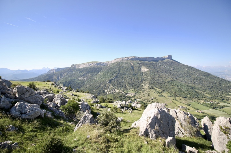 Céüse as seen from the summit of Petit Céüse.