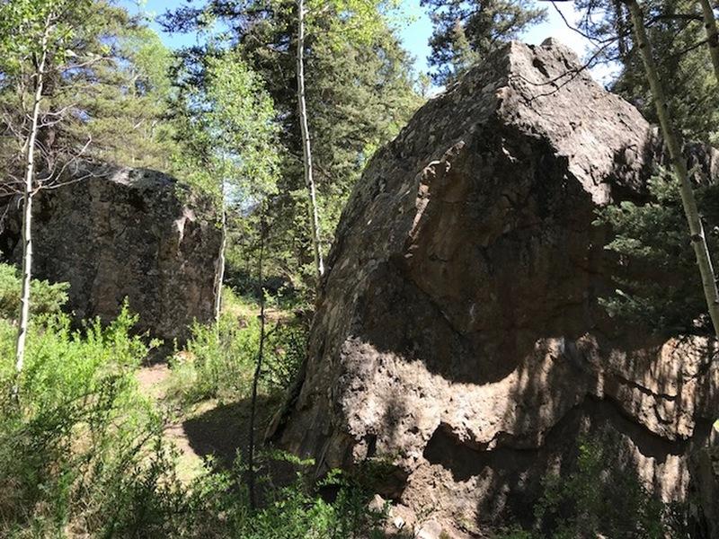 Illium Boulders.