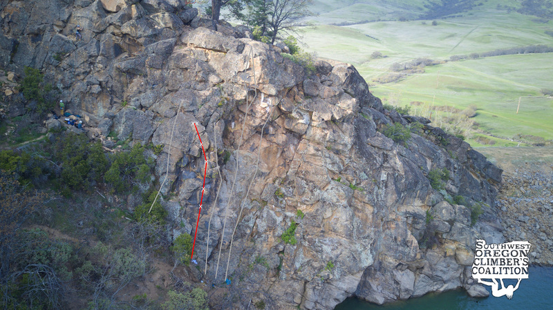 Topo of Burritos (red) in relation to other climbs on the Ren Wall (gray)