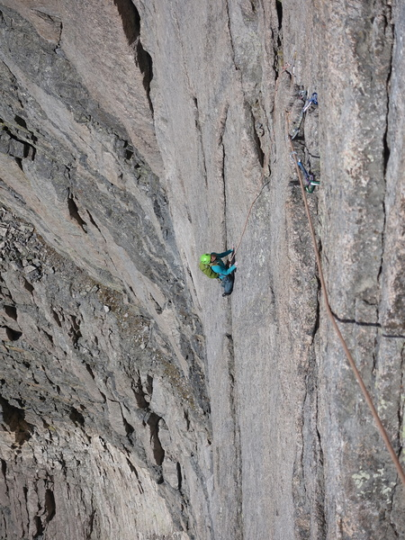 Dede heading for the first crux on P3.