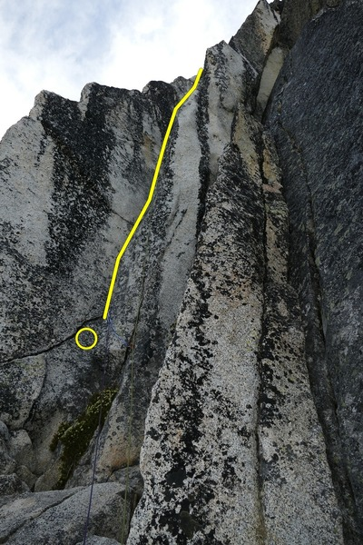View from the top of the 1st pitch and start of the OW. Belay/anchor here or next to the OW and the crack to the left