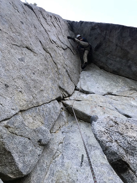 not quite ready for nina caprez/silbergeier, but still a nice no-hands rest before the crux moves.  note the big footholds, the left of which really makes this route 10- imho.