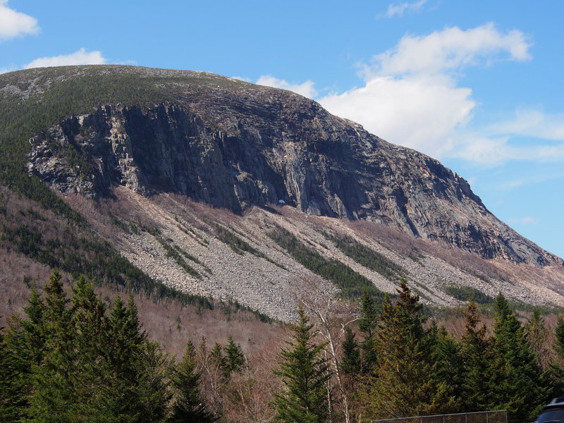 Cannon has its very own MtnPrjct AREA-Listing, but what would Franconia Notch be without at least one photo of this iconic cliff ? !