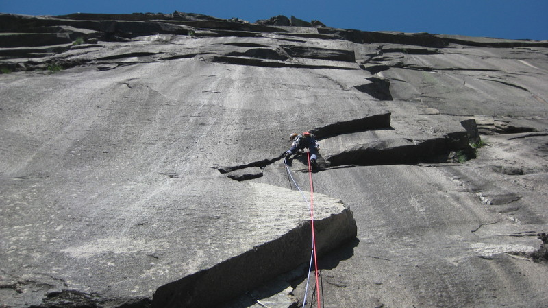 Donovan Spaulding onsighting the 5.10+ 2nd pitch....such a sick pitch!