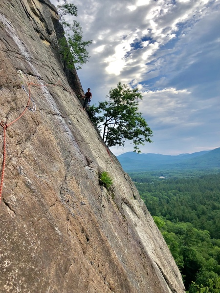 2nd pitch of  thin air ( follow rails and pockets out right, reachy feet  )