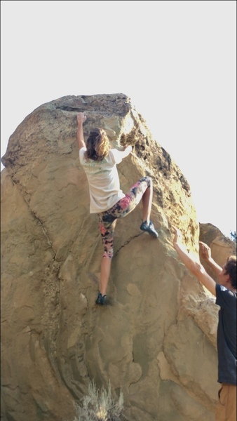 Meghan sendin' it through the crux moves while I give a mostly or entirely psychological spot.