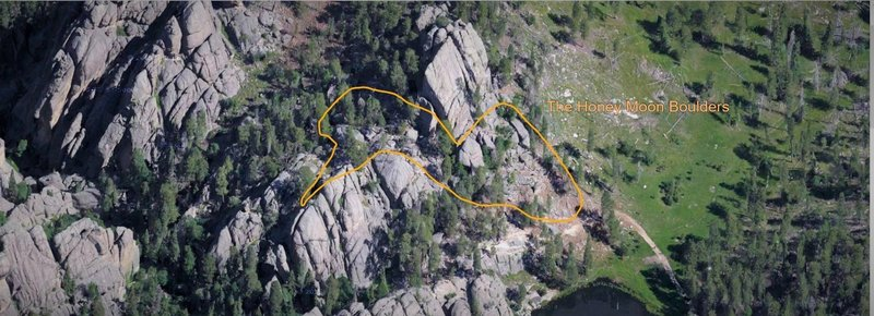 Honey Moon Boulders Area Outlined