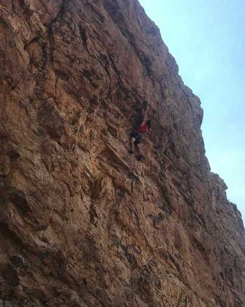 Clipping the fixed draw at the crux