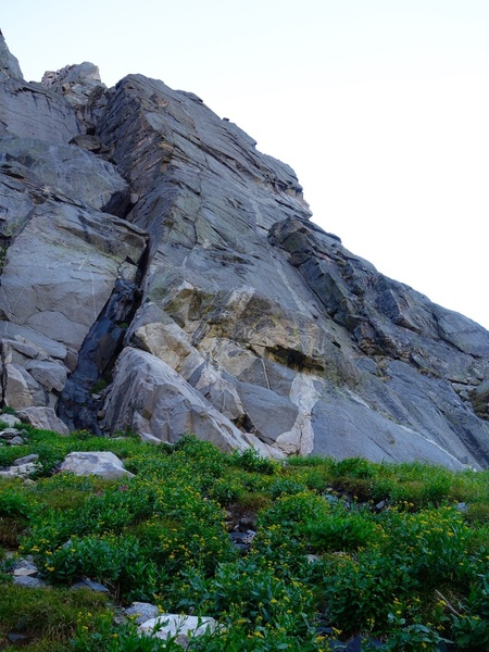 Approaching the base of the buttress. The splitter crack system is the Hooven-Leo variation about 100 feet to the left of the standard route. The standard route is just around the right toe of this buttress just out of view.