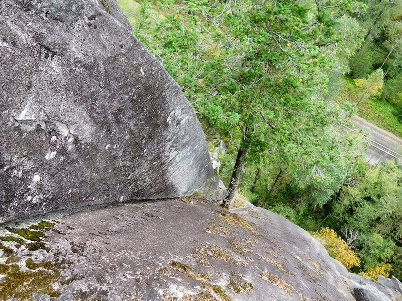 Looking down the corner/handcrack at the start of Pitch 4.
