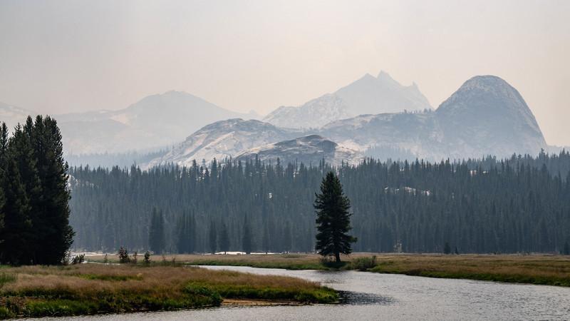Tuolumne Meadows covered in smoke.<br> <br> Photo by Dalton Johnson<br> www.daltonjohnsonmedia.com<br> @daltonjohnsonmedia