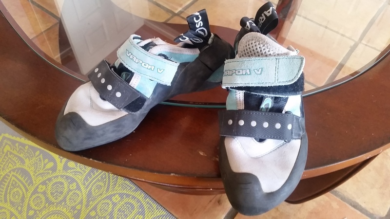 FS shoes
