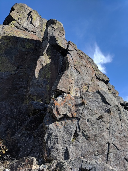 Climbs the arete up the left side of the pinnacle