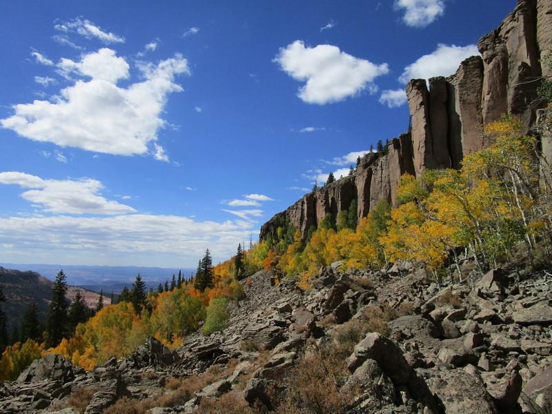 Nice colors, good crag.