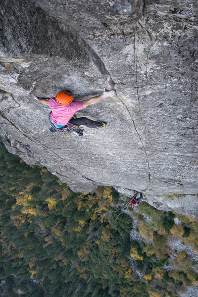 Shaun Reed on the pitch 7 traverse on the FFA of Jericho Wall.