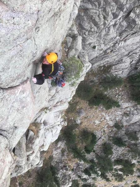 Me leading the crux move on the final pitch with my old man. Great exposure!