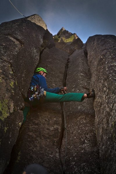 """I wasn't talented, but my photographer sure was!... Good Gear in the center crack, the two outer cracks would require 8-10"""" Big Bros. Fun first trad lead at Trout Creek."""