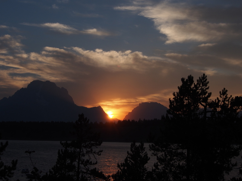 Sunset - Mt Moran and Jackson Lake