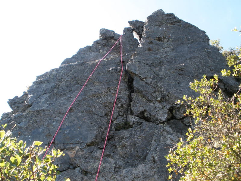"East Face - ""Big Crack"" route is rather obvious !"